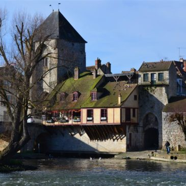 Moret-sur-Loing: Cidade Real e Medieval