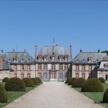 Castelo de Breteuil: entre história e contos de fadas